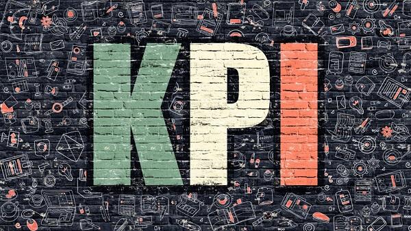 Các cấp quản lý sẽ là người chịu áp KPI chiến lược và nhân viên dưới hạ sẽ phải tạo ra các KPI chiến thuật
