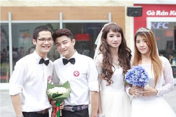 Tại Việt Nam hiện nay không có luật cấm quan hệ t.ì.n.h d.ụ.c đồng tính.