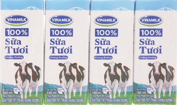 Sữa tươi không đường cũng chứa đầy đủ các chất dinh dưỡng cần thiết như sữa tươi có đường.