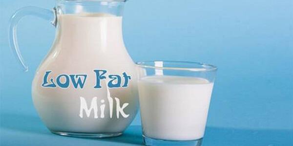Sau những giờ làm việc vất vả, căng thẳng, mệt mỏi bạn chỉ cần 1 ly sữa tươi không đường sẽ giúp cải thiện hoàn toàn tình trạng này.