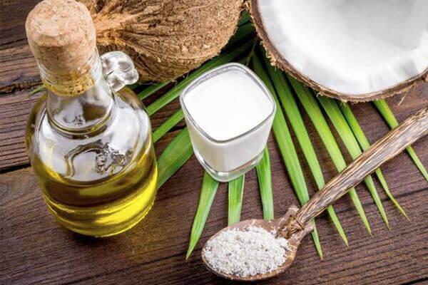 Cách sử dụng dầu dừa để làm đẹp, dưỡng ẩm da, trị mụn, nám, tàn nhang