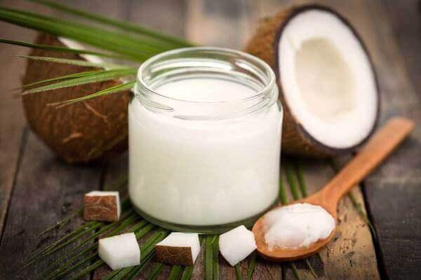 Cách nhận biết dầu dừa nguyên chất như thế nào?