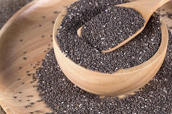 Để sử dụng hạt chia, bạn có thể dùng hạt chia để làm bánh ăn.