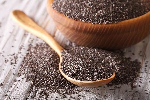 Bạn có thể sử dụng hạt chia như một nguyên liệu trong chế biến món ăn.