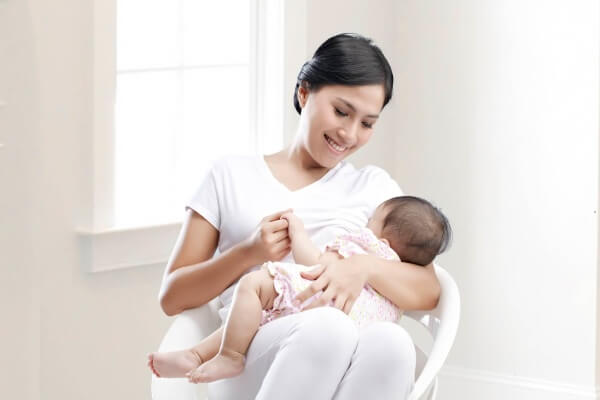 Thuốc tránh thai khẩn cấp luôn được khuyến cáo là chỉ nên sử dụng khi bé đã chuyển hẳn qua giai đoạn ăn dặm
