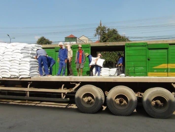 Một số lưu ý khi sử dụng dịch vụ vận chuyển hàng hóa 4