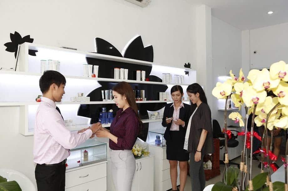 Một số tiêu chuẩn của shop mỹ phẩm TPHCM uy tín 19